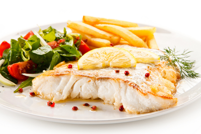 Ünnepi, citromos sült hal: ízletes, és vajpuhára sül
