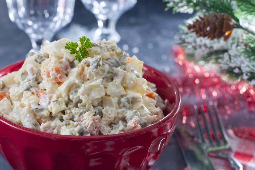 A klasszikus franciasaláta receptje: karácsonyi sültek mellé is kitűnő