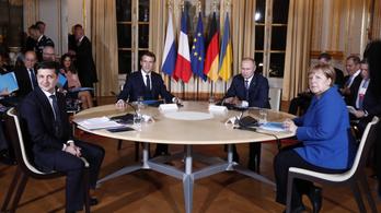 Putyin és Zelenszkij asztalhoz ültek, megerősítették a kelet-ukrajnai tűzszünetet