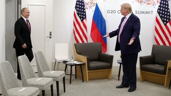 Trump arra kéri Putyinékat, hogy Oroszország ne avatkozzon be az amerikai választásba