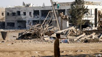 Robbantások és tűzharc a legnagyobb amerikai légitámaszpontnál Afganisztánban