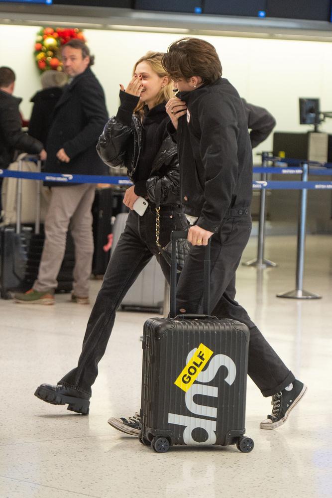 Még októberben kapott szárnyra a pletyka, hogy David Beckham legidősebb fia Phoebe Torrance színésznővel jár