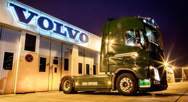 Az első fotó a vontatóról (fotó: Volvo Trucks Magyarország)