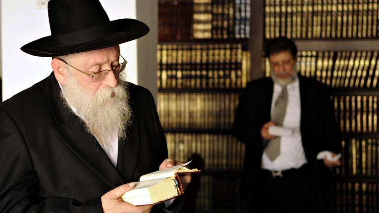 A rabbik nem értenek a webhez