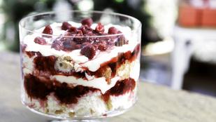 Dobj össze egy egyszerű angol desszertet az ünnepekre: málnás-mandulás trifle