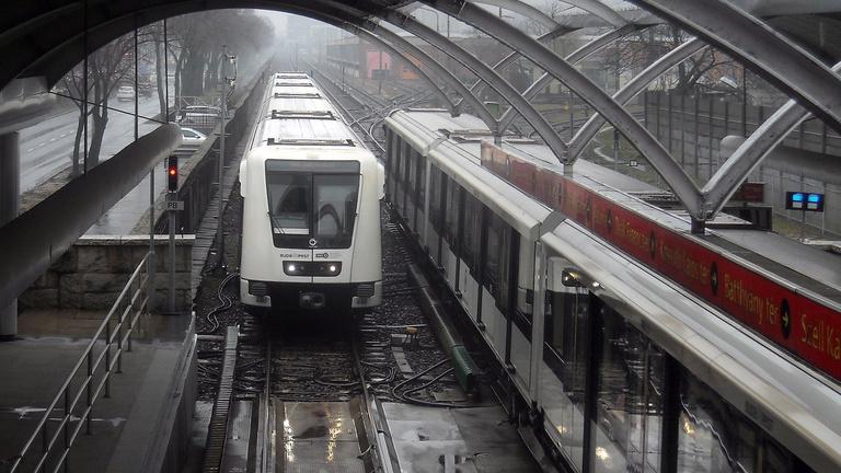 Két embert gyanúsítanak a Pillangó utcai metróbaleset miatt