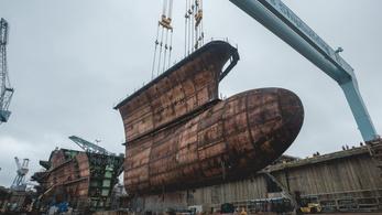 Négy év alatt legózták össze a világ legnagyobb hadihajóját