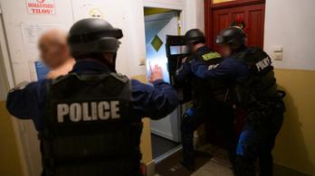 Magyarok robbantottak bankautomatákat Németországban