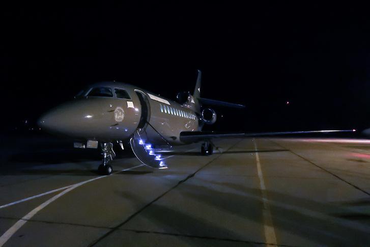 A honvédelem Dassault Falcon 7x típusú repülője