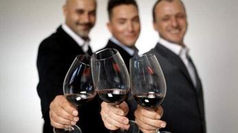 Kovács Ákos és fideszes társa is eladta a I. kerületben bérelt étteremben lévő üzletrészét