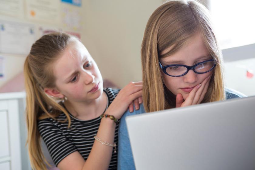 gyerek-internet-veszely