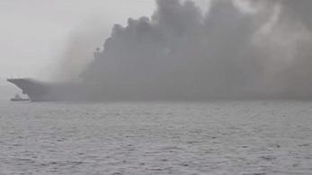 Kigyulladt az orosz repülőgép-hordozó, három ember eltűnt a balesetben