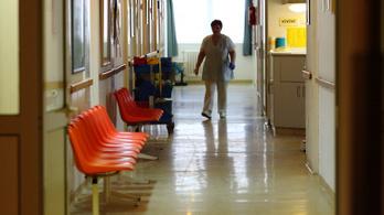 Még 10 fővárosi és 43 vidéki kórház szülészetét fejlesztik