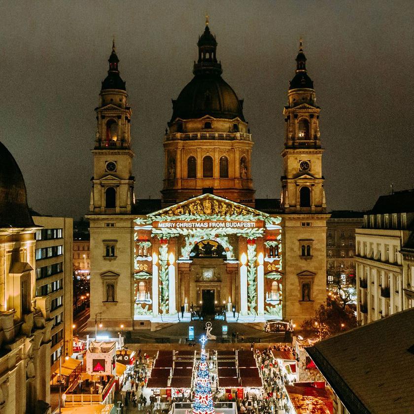 A budapesti Advent Bazilika már 2018-ban is a látogatók egyik legnagyobb kedvence volt: akkor a második helyet szerezte meg a szavazáson, maga mögé utasítva többek között Prágát, Brüsszelt és Bécset.