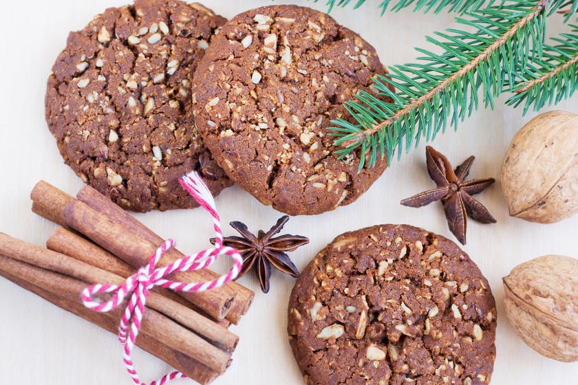 30 perces csokis-diós keksz, ami jó sokáig eláll a sütisdobozban