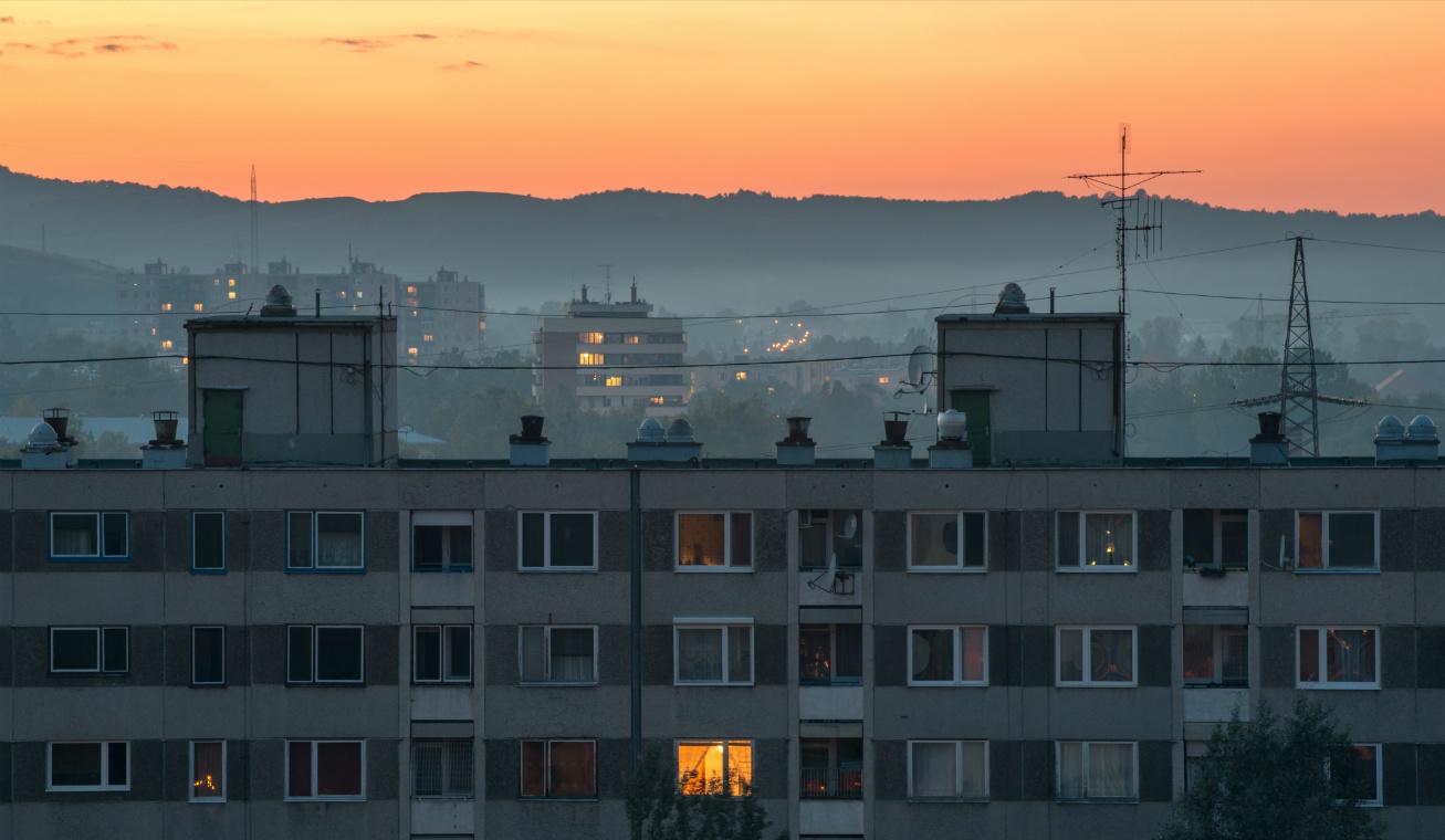 föld magyarország rosz levegő nyitó
