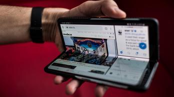 Máris eladtak egymilliót a Samsung 700 ezres összehajthatós telefonjából