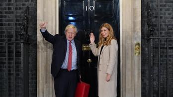 Johnson: Mielőtt végeznénk a brexittel, végezzünk a reggelinkkel is