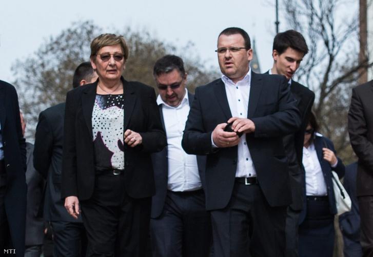 Németh Lászlóné és Veres Mihály