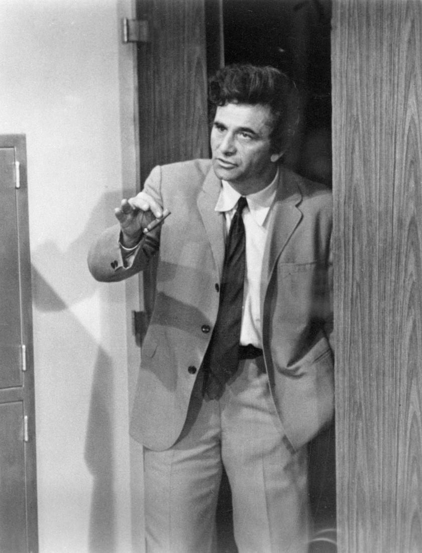 A legendás Columbo nyomozó szerepében.