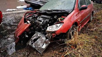 Meghalt a szombati súlyos, Egernél történt baleset egyik sérültje