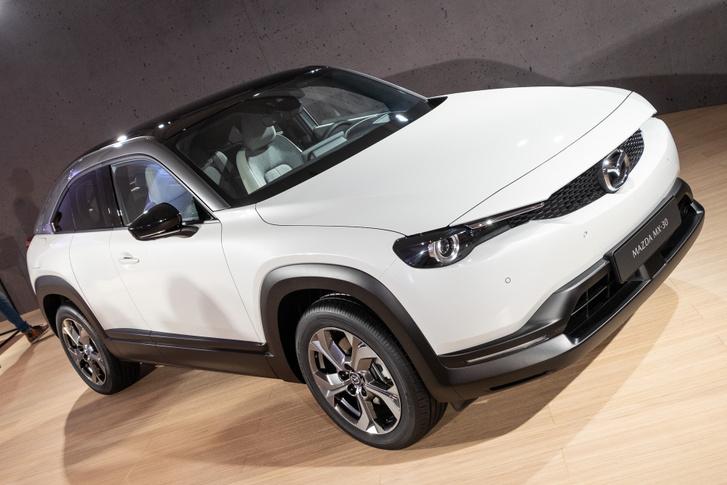 Ha nem tudnám, mikre képesek a Mazda formatervezői, nagyon tetszene