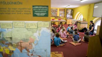 Hároméves korban vizsgáztatják majd először a gyerekeket