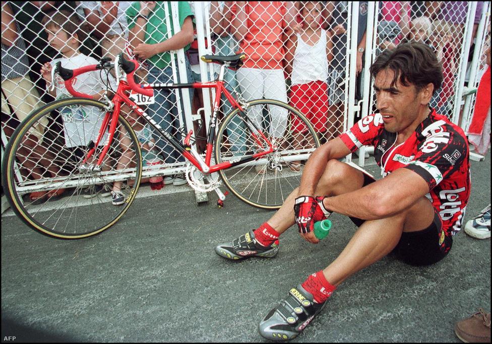 """A sprinter Dzsamoildin Abduzsaparovot, """"A taskenti terror"""" néven is emlegették erőszakos stílusa miatt. A hajrákban sokszor okozott bukást. A Touron háromszor nyerte a sprinterek pontversenyét, és hét szakaszgyőzelme is van."""