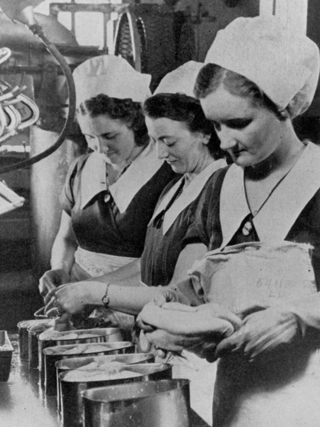 A II. világháború alatt a cég termelésének 65 százalékát az Egyesült Államok kormánya vásárolta fel.