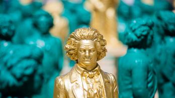 Mesterséges intelligencia fejezi be Beethoven befejezetlen szimfóniáját