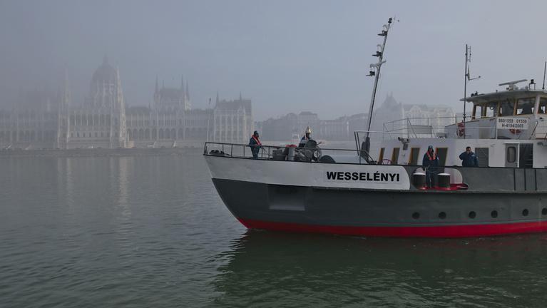 Újult erővel döngölhet a magyar jégtörő flotta