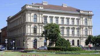 A Lánchíd Palotába költözhet Putyinék fejlesztési bankja