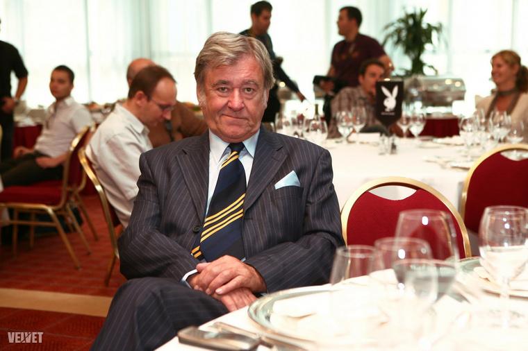 Rövid ideig tartó betegeskedés után, 81 éves korában halt meg idén  március elején Koós János