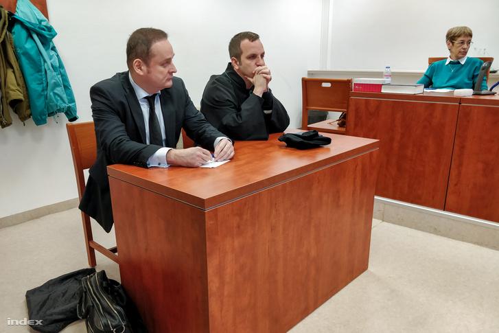 Pap Balázs felperes ügyész és védője, Tóth Balázs 2019. május 10-én