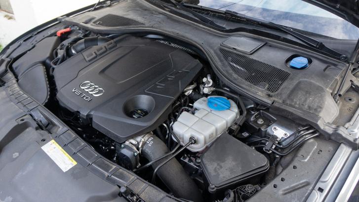 3 liter, V6, 272 lóerő, 580 Nm – több, mint elég, még szórakoztató is