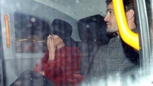 Úgy tűnik, Nicole Scherzinger összejött ezzel az előnyös külsejű exrögbissel