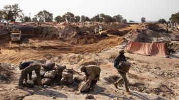 Egy egész várost áttelepítenek Kongóban a kobaltbányászat miatt