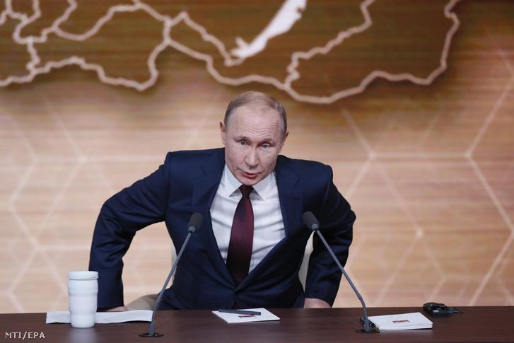 Vlagyimir Putyin orosz elnök év végi sajtóértekezlete Moszkvában 2019. december 19-én.