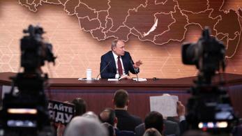 Putyin szerint Trumpot úgysem ítélik el az impeachment eljárásban