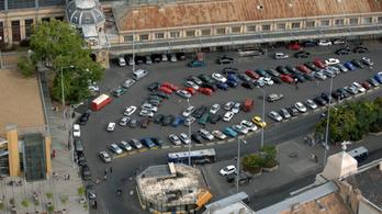 A Nagykörút egyik szakaszán januártól nem lesz senki, aki bírságolhat a parkolásért