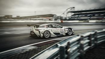 Új, turbós V8-ast fejleszt a Lexus