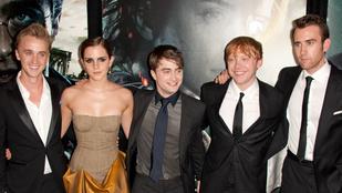 Közös képpel kívánnak boldog karácsonyt a Harry Potter sztárjai