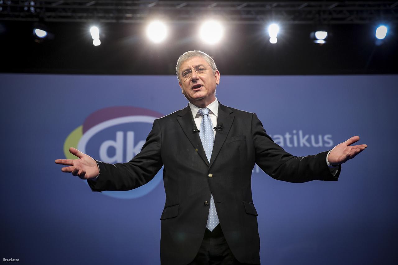 Gyurcsány Ferenc a DK tisztújító kongresszusán 2017. március 4-én.