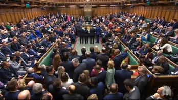 Megszavazták a brexit törvényt