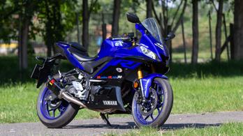 Teszt: Yamaha YZF-R3 - 2019.