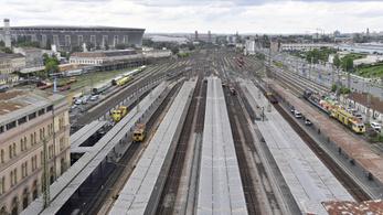 9,5 milliárdos vasúti projektet nyert el Mészáros Lőrinc cége