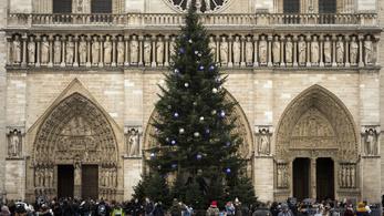 A francia forradalom óta először nem lesz éjféli mise a Notre-Dame-ban