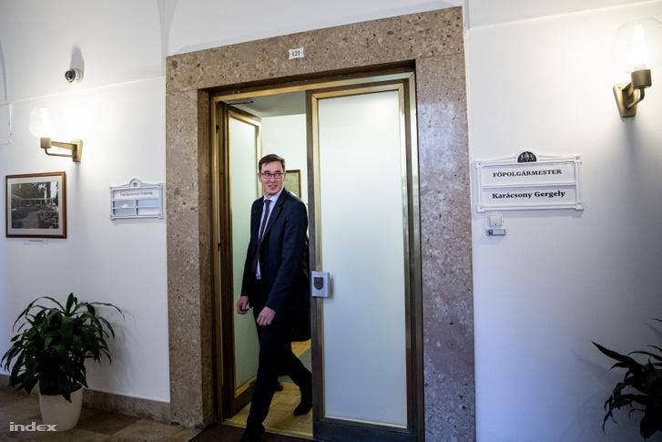 Karácsony Gergely első munkanapján főpolgármesterként a Városházán 2019. október 17-én