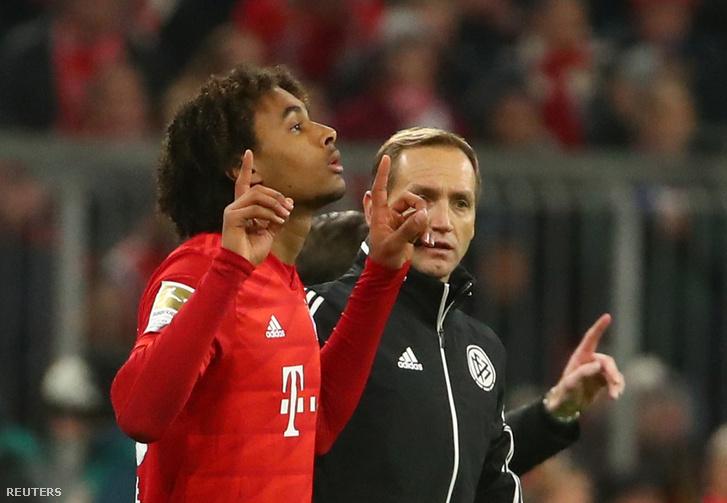 Joshua Zirkzee pályára lépett szombaton a Wolfsburg ellen