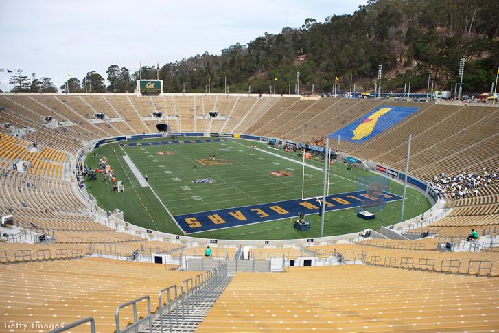 A California pályája, a Memorial Stadium